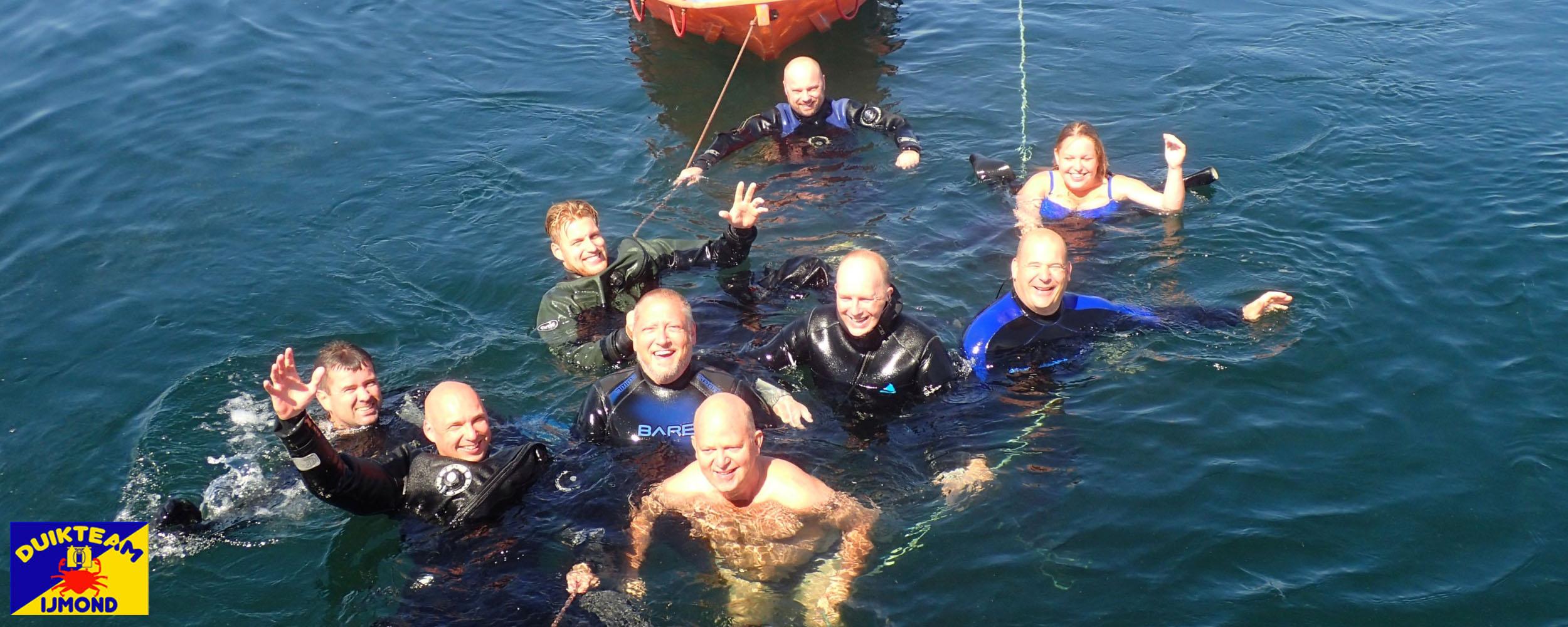 Zwemmen na een mooie wrakduik op de Noordzee